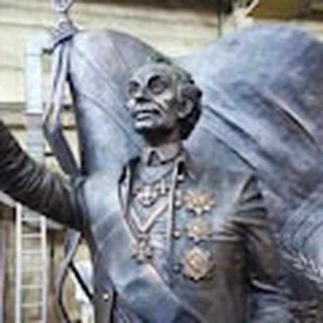 Цена на памятники в омске врачу заказать памятник на могилу в севастополе