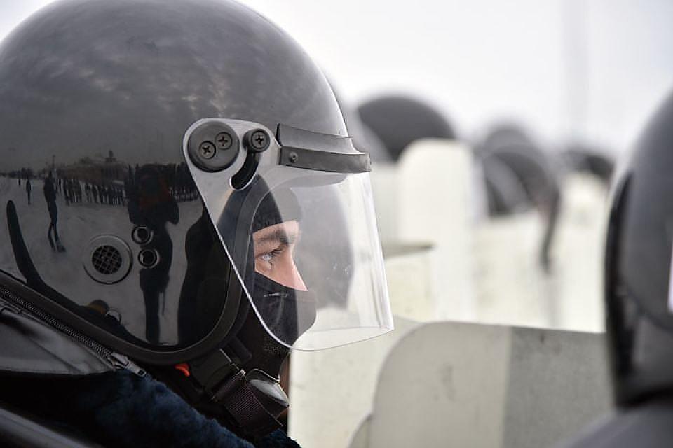 Силовики проводят обыски уврио министра образования Дагестана и прежнего главы города Каспийска