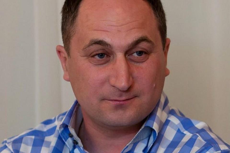 Дмитрий Курицкий согласился ответить на обвинения в прямом эфире.