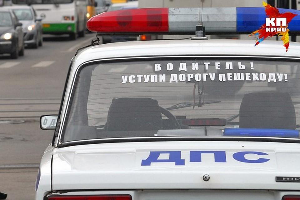 Двое полицейских попали в аварию 10 ноября в брянске