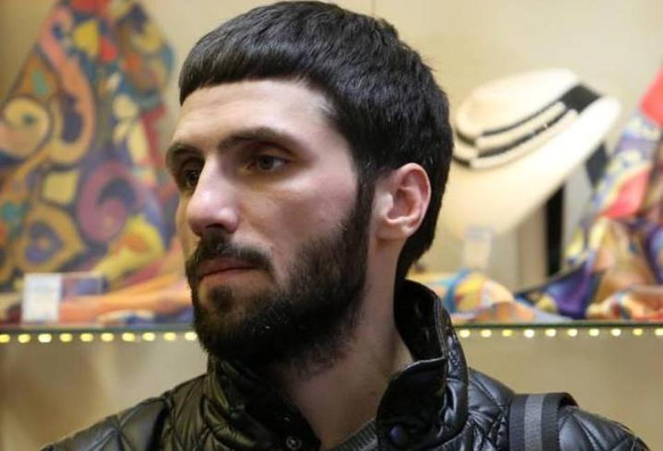 Екатеринбургский блогер спас прохожего, упавшего в приступе эпилепсии