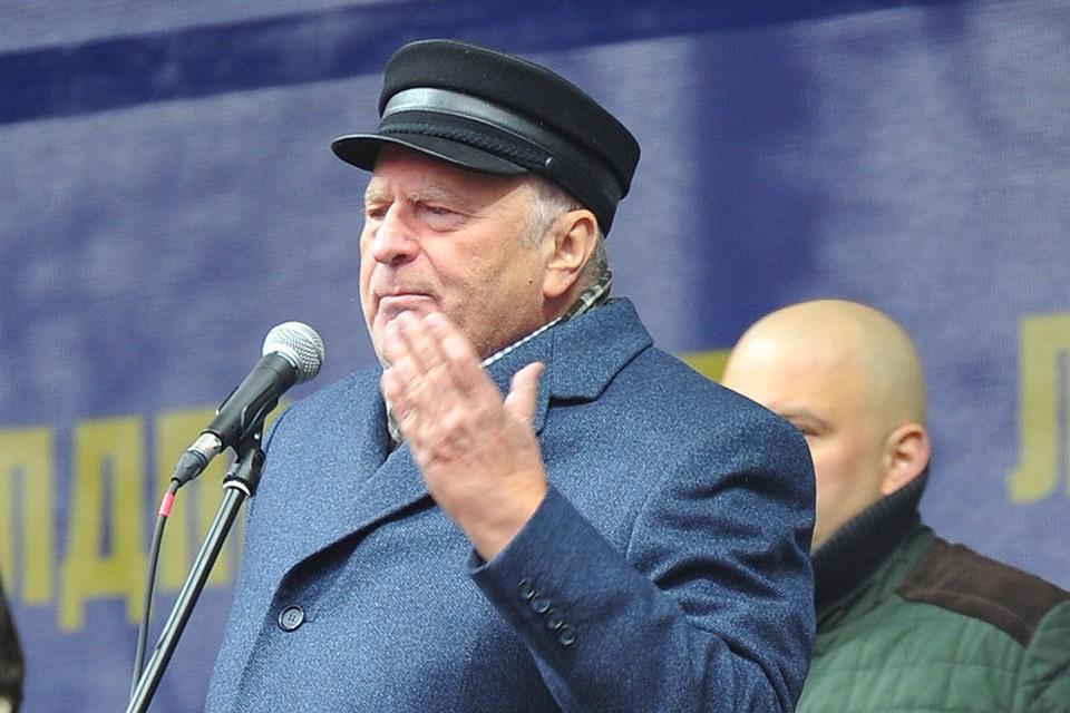 Владимир Жириновский рассказал, как уменьшить цены на бензин в Самаре и других регионах