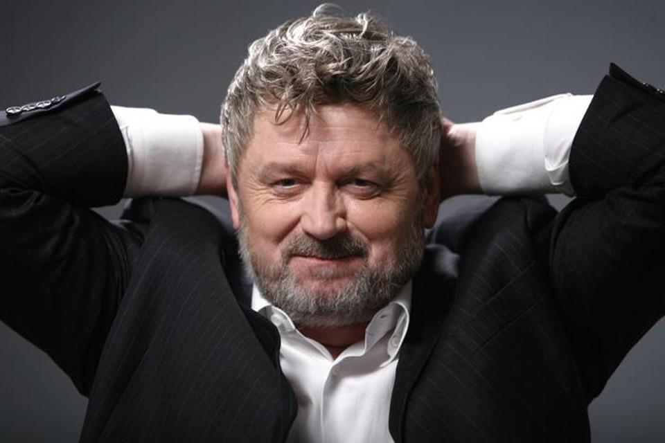 Игорь Калинаускас - автор 25 книг.
