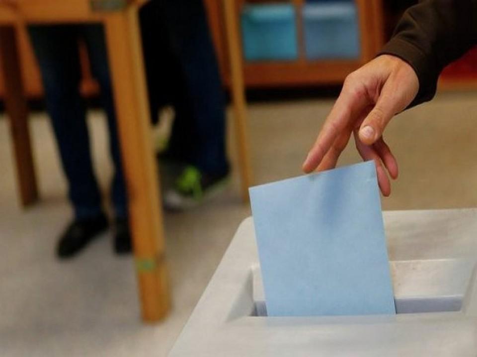 В нескольких округах на депутатское кресло претендуют три человека, в двух округах – по восемь, в одном – семь. Фото: архив