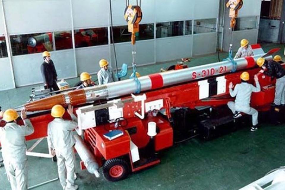 Самая маленькая в мире ракета-носитель SS-520. Фото: с сайта Японского агентства аэрокосмических исследований (JAXA)