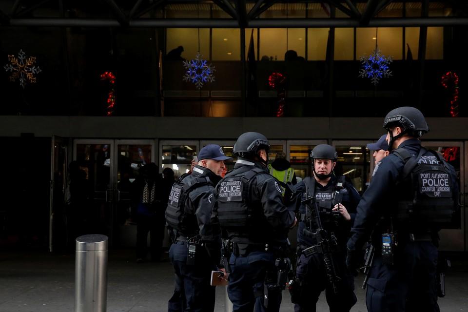 Пособник террористов был задержан после нападения на полицейского, ведущего за ним слежку