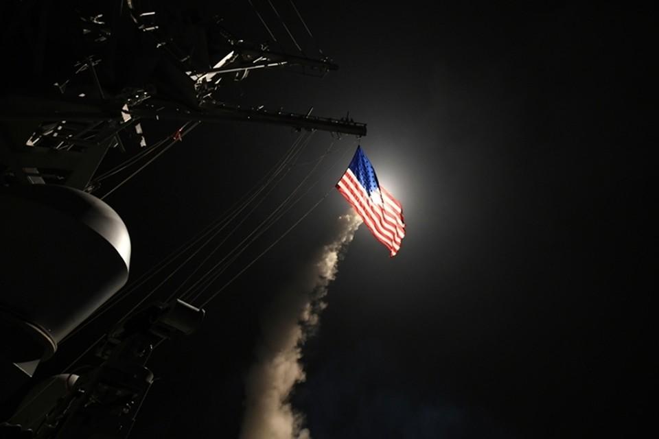 Ракетный эсминец Ross 7 апреля был задействован в ударе США по аэродрому Шайрат в сирийской провинции Хомс