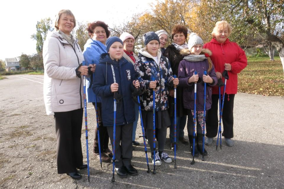 Занятия нравятся как и пенсионерам, так и детям. Фото предоставлено фондом милосердия и здоровья