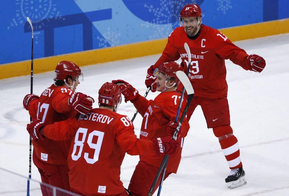 Хоккеисты сборной России играют в финале.