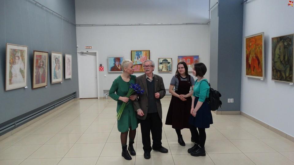 В Сыктывкаре открылась необычная выставка, собравшая картины только художников-мужчин