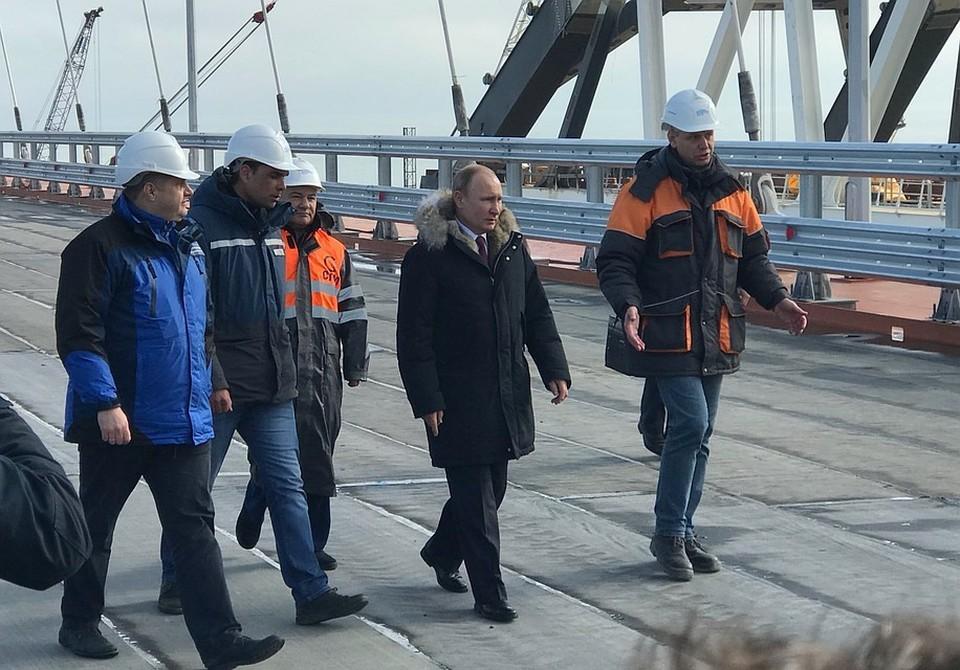 Путин прибыл на Крымский мост