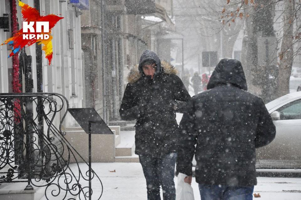 На Молдову опять обрушился снегопад!