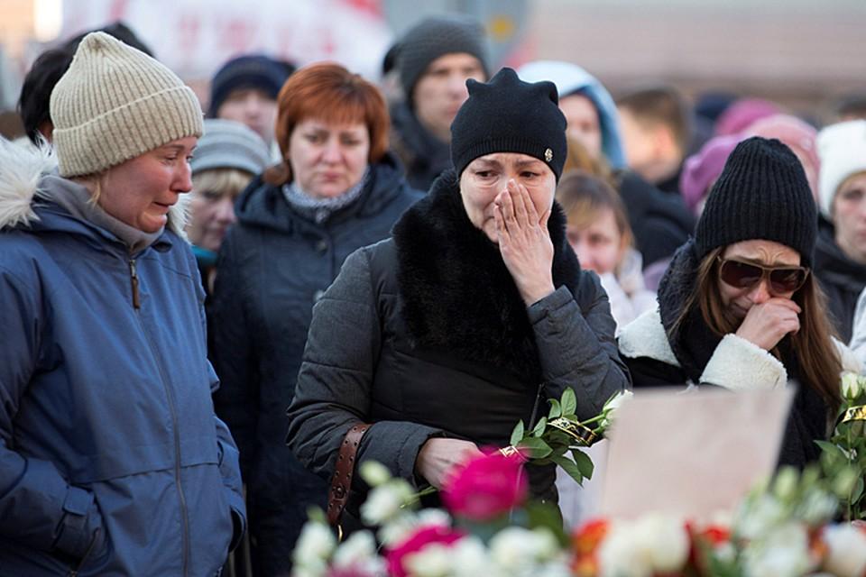 Страшный пожар, вспыхнувший в воскресенье, 25 марта, в торговом центре «Зимняя вишня», унес жизни, как минимум 64 человек