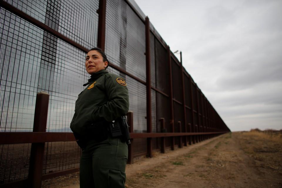 Помимо стены и пограничников, границу США с Мексикой будет охранять Нацгвардия