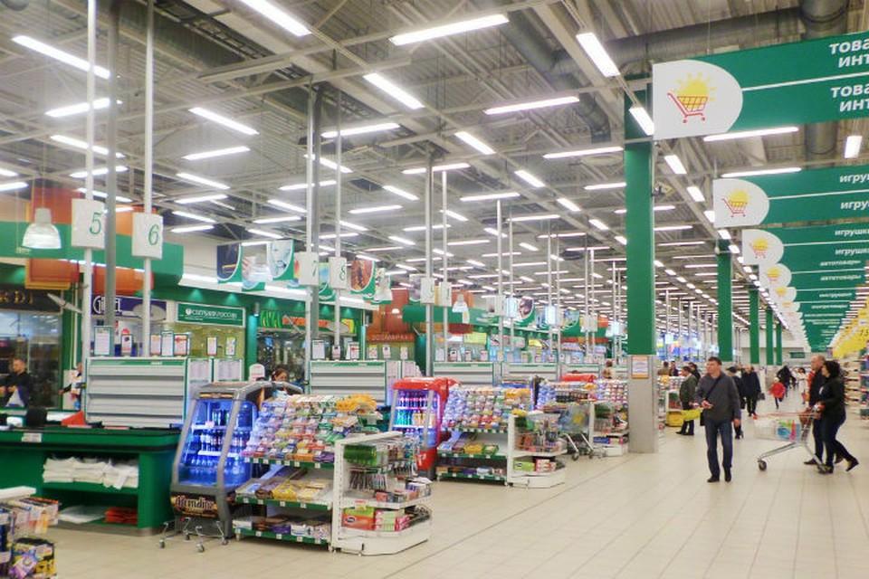 """Гипермаркет """"О'кей"""" в Мурманске напичкан камерами. Но найти хулиганку даже с ними пока не могут. Фото: okmarket.ru"""