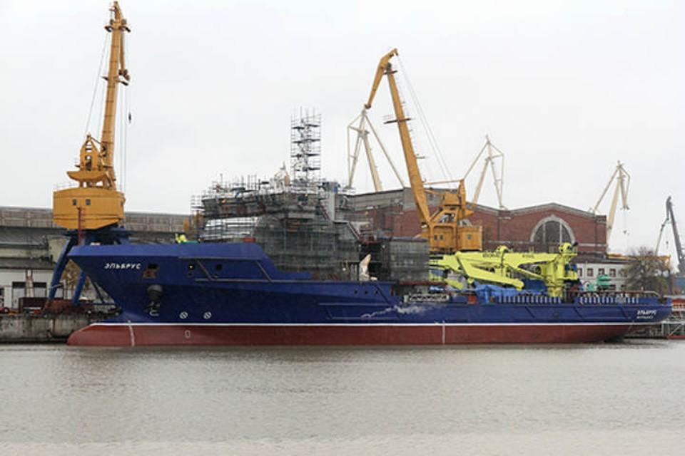 Многофункциональное судно тылового обеспечения «Эльбрус».