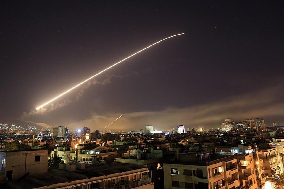 Американский удар по Сирии: что стоит за атакой Запада по Дамаску?
