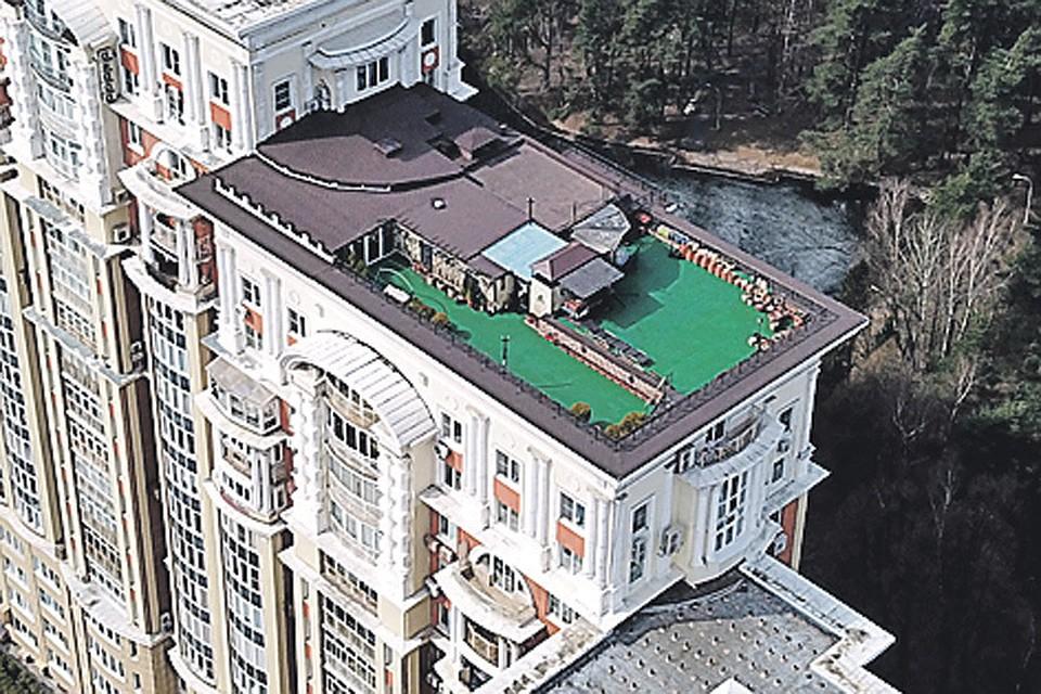 Картинки по запросу Фото: Виктор ГУСЕЙНОВ крыша