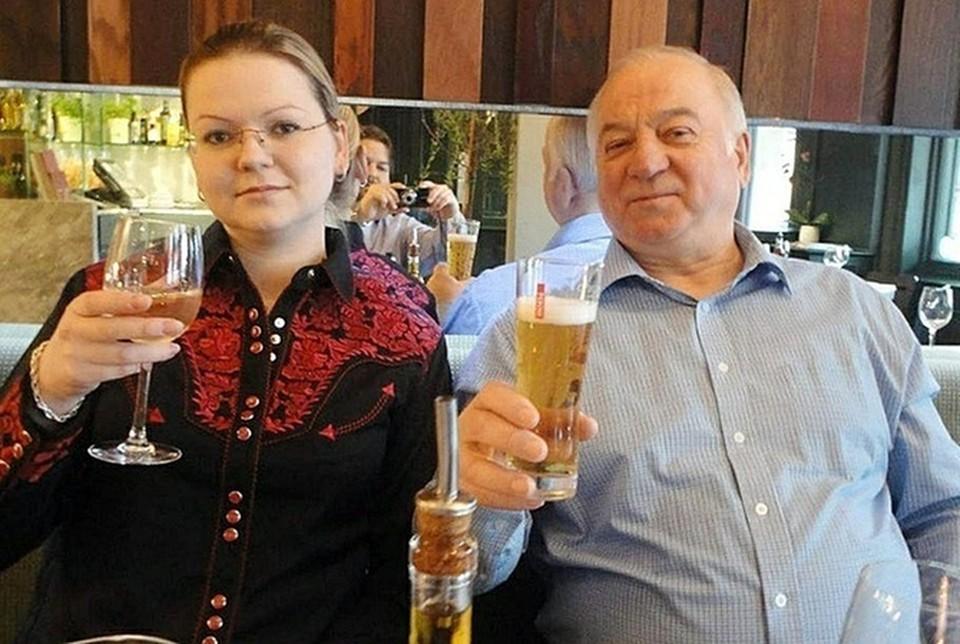 Юлия и Сергей Скрипаль в Великобритании.