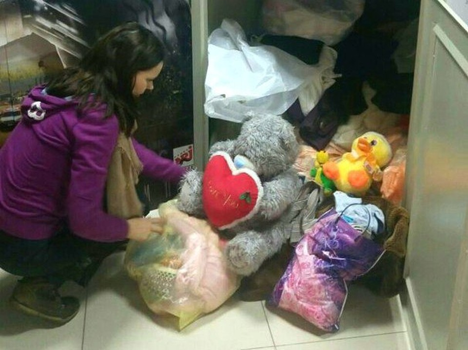 В самарских ТЦ и офисах установлены контейнеры для приема одежды