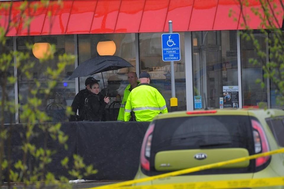 Полиция расследует стрельбу в кафе Waffle House в городе Нэшвилл (Теннесси)