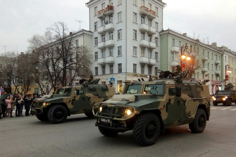 На Центральной площади Тюмени прошла первая репетиция Парада Победы
