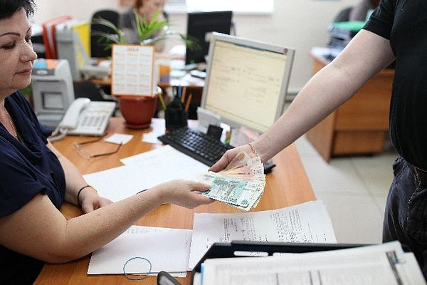 Омской области добавили еще 0,3 млрд федеральных денежных средств на заработной платы бюджетникам
