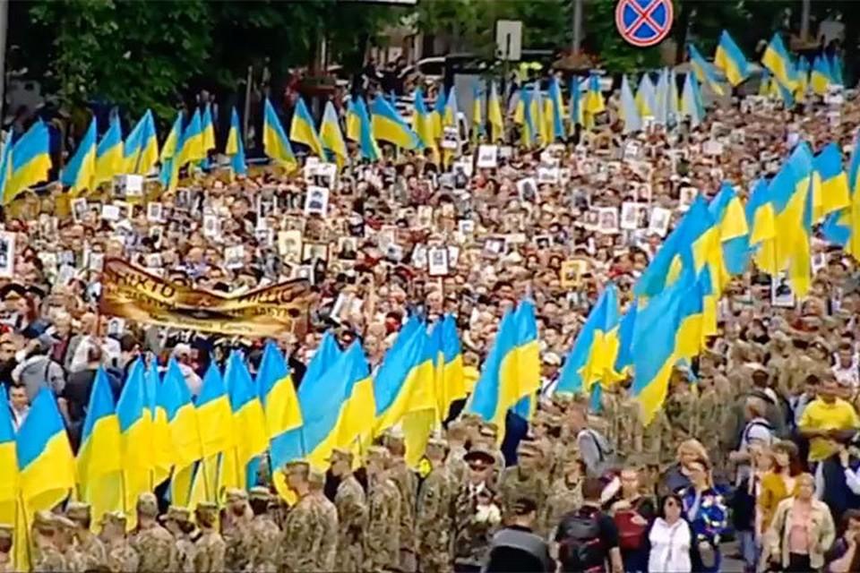 День Победы в Киеве. Фото: скрин с видео телеканала Интер