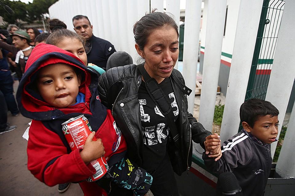 Чиновники выдавали мигрантам «статус беженцев» за взятки