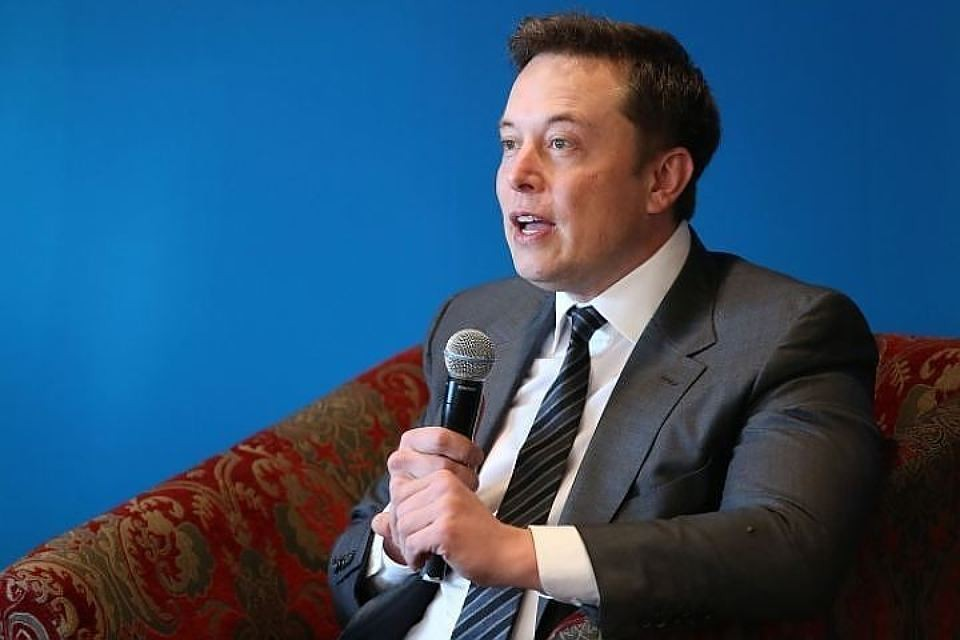 Глава компаний SpaceX и Tesla Илон Маск
