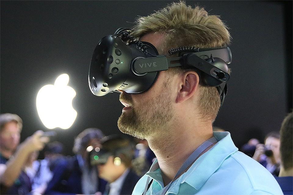 """На конференциях WWDC разработчики стараются удивить уникальными продуктами для """"яблочных устройств"""", а компания Apple демонстрирует новинки."""