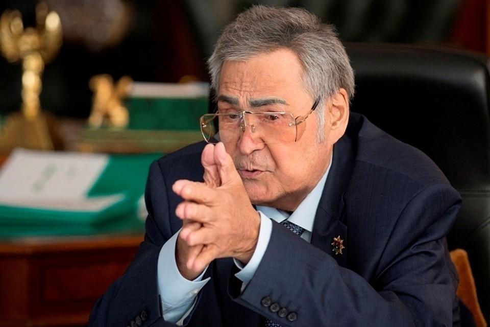 Тулеев провел последнее заседание кузбасского парламента
