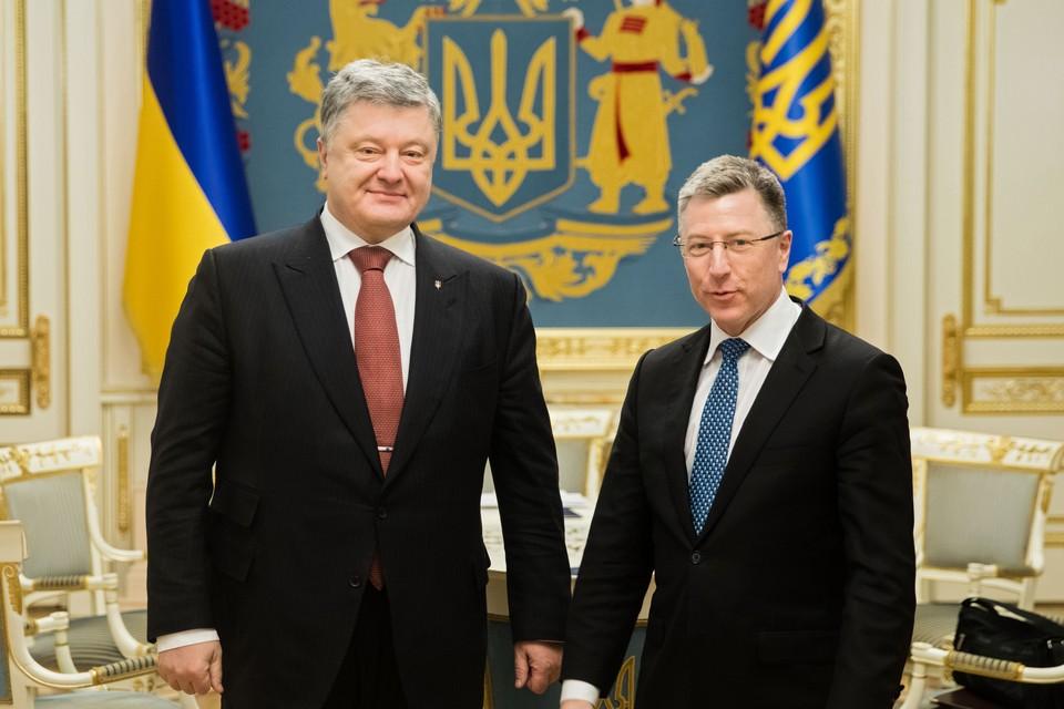 Президент Украины Петр Порошенко и спецпредставитель президента США Курт Волкер