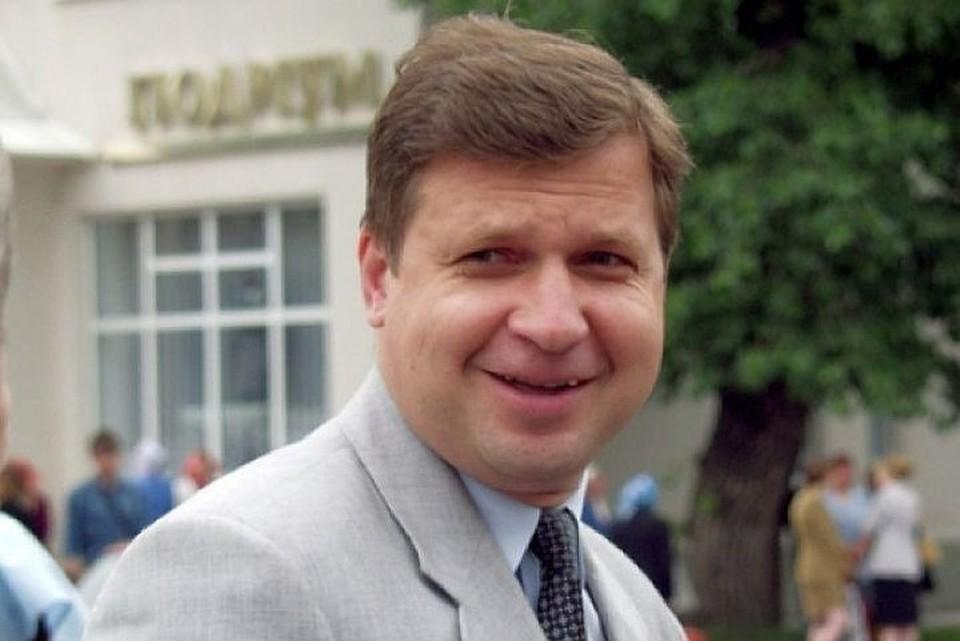 Астапов в депутатском кресле уже 12 лет. Фото radio-kurs.ru