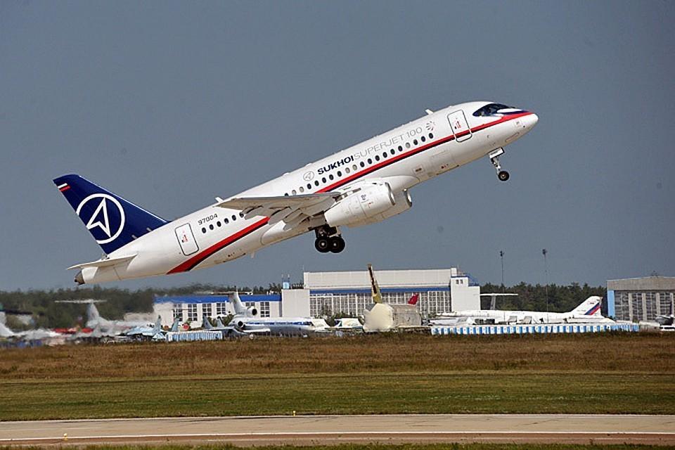 Тестовый лайнер SSJ-100 совершил жесткую посадку на аэродроме ЛИИ им. Громова в Жуковском