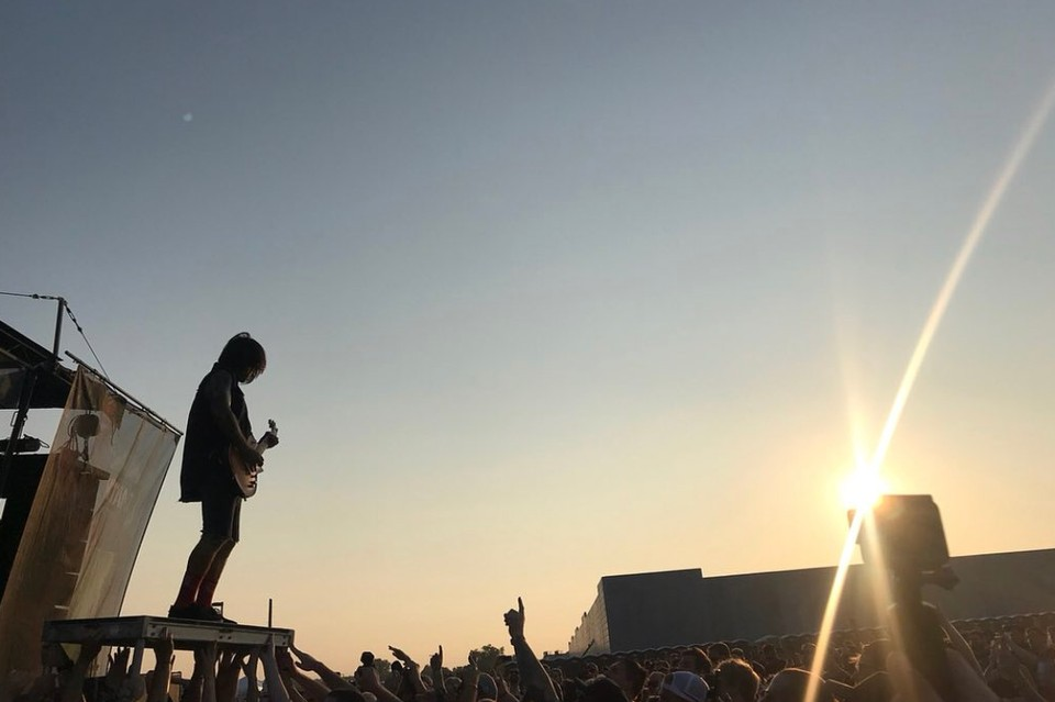 Гитарист американской метал-группы Every Time I Die Джордан Бакли. Фото: @JordanETID