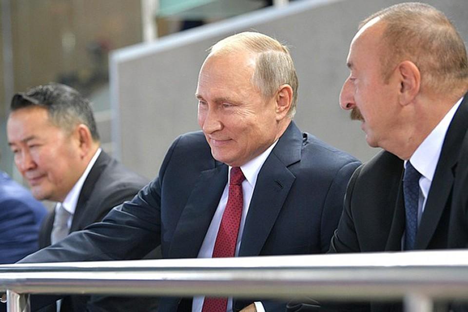 Первым пунктом программы президента России в Баку была Национальная гимнастическая арена, где завершался чемпионат мира по дзюдо. Фото: kremlin.ru