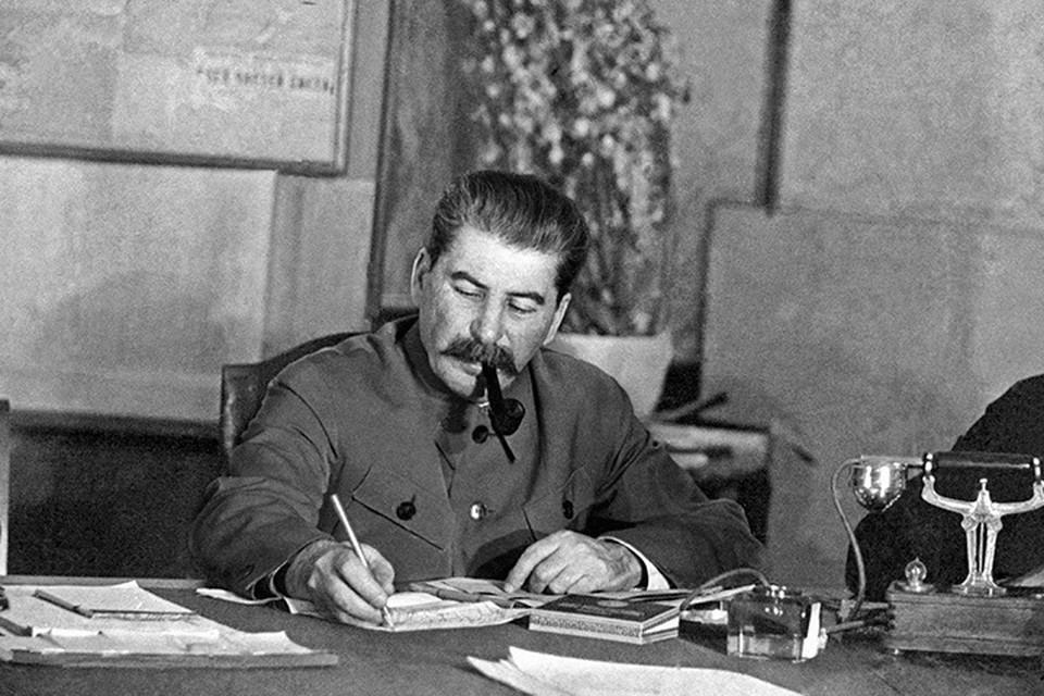 В августе 1941 года вождь резко пресек «самодеятельность» ленинградских властей.