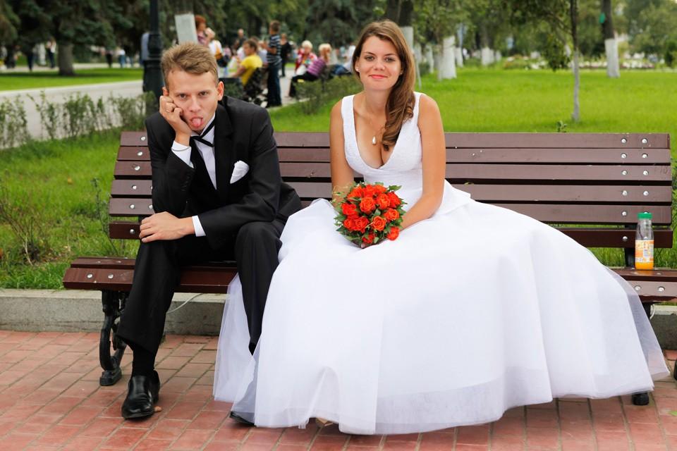 Мужчины и женщины воспринимают брачную церемонию совершенно по-разному.