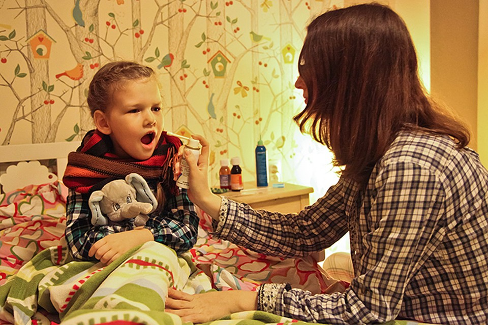 Особенно часто дети начинают болеть осенью