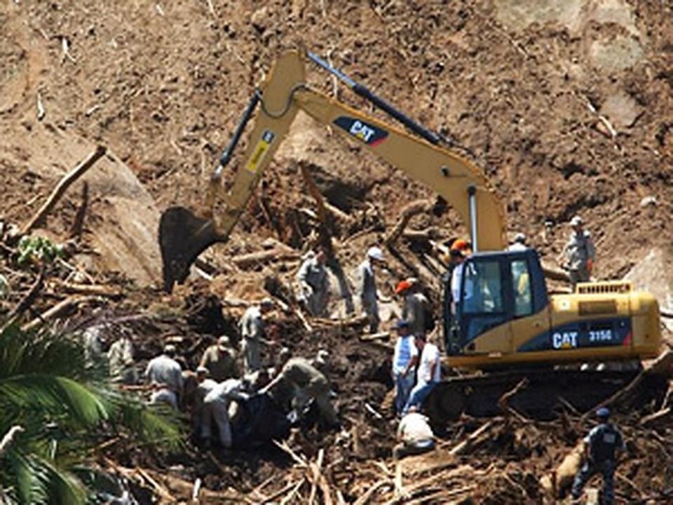 По меньшей мере 10 человек стали жертвами оползня в Бразилии