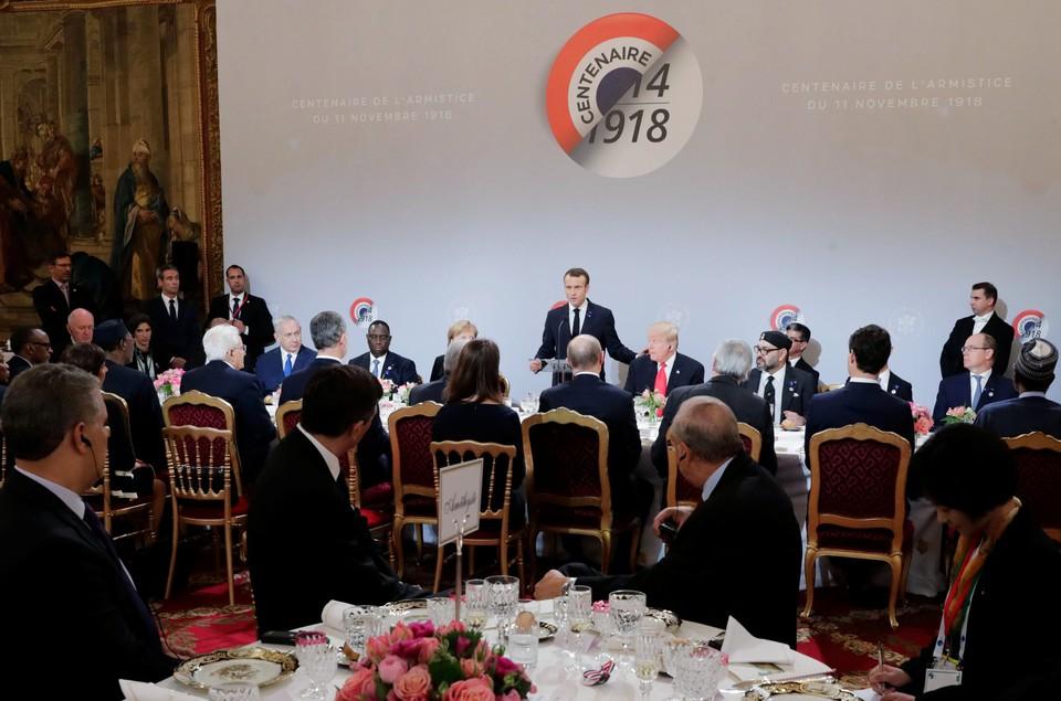Рабочий ланч глав государств в Париже длился два часа