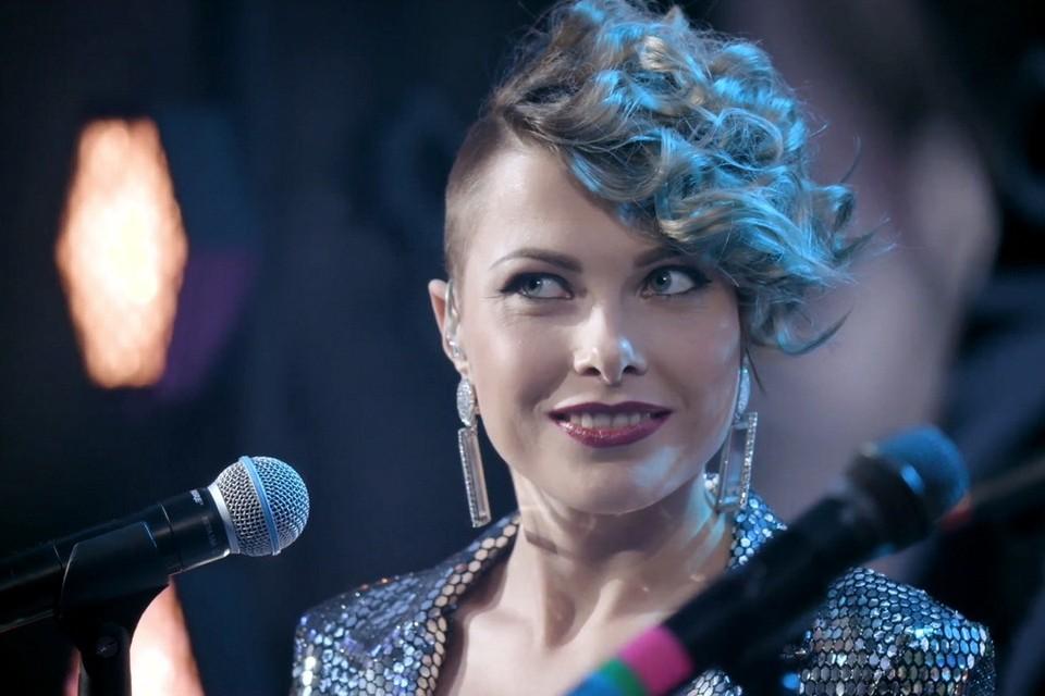 Псковская группа «Drum&Jazz» набрала всего на один процент меньше лидера голосования и так же стала победителем первого сезона конкурса уличных исполнителей. Фото: скриншот видео с финального концерта «Street Stars».