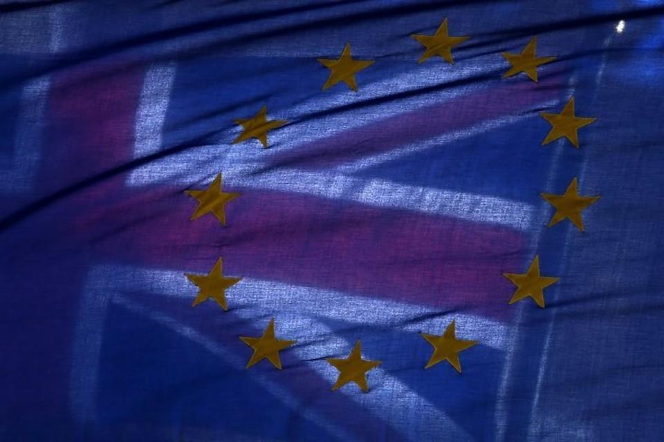 Проект соглашения по Brexit допускает продление переходного периода на два года