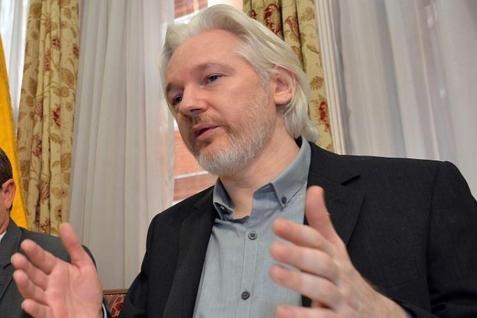 Защита Ассанжа опасается решения о смене посла Эквадора в Лондоне