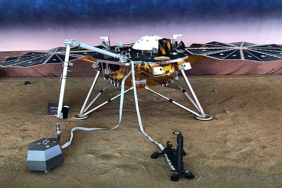 Исследовательский зонд миссии InSight