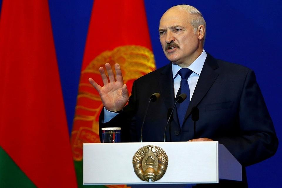 """Лукашенко опроверг высказывания о том, что Россия """"кормит"""" Белоруссию"""