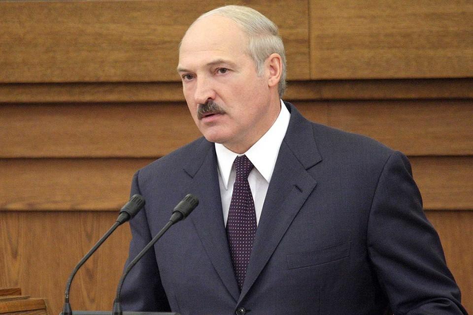 Президент отметил, что в Беларуси есть несколько баз ВВС. Фото: БелТА