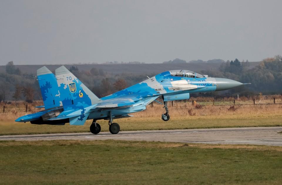 В Житомирской области разбился самолет Су-27