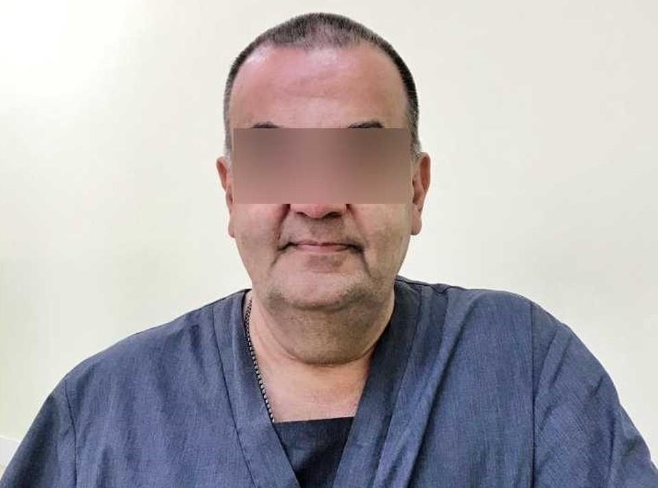Врача задержали по подозрению в изнасиловании.